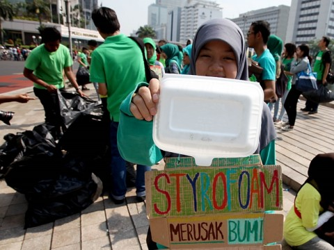 Kemasan Berbahan Plastik Dilarang di Pemprov Sulsel