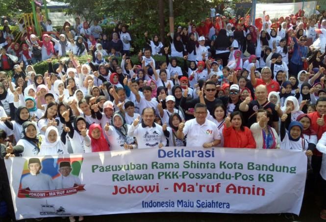 Deklarasi dukungan Paguyuban Rama Shinta Kota Bandung, Jawa Barat, untuk pasangan Jokowi-Ma'ruf di Pilpres 2019. Foto: Medcom.id/Arga Sumantri.