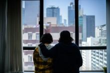 Dua Bersaudari asal Arab Saudi Terperangkap di Hong Kong