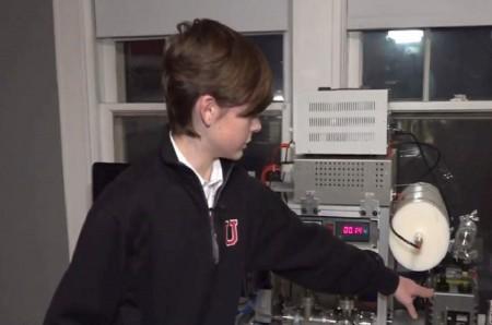 Bocah 14 Tahun Ciptakan Reaktor Nuklir di Kamarnya