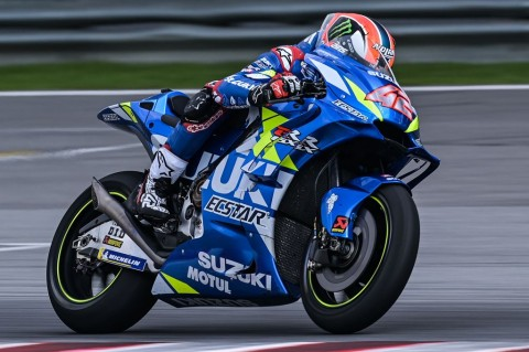 Rossi Tercecer, Alex Rins Tercepat pada Hari Kedua di Qatar