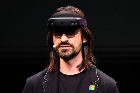 Microsoft HoloLens 2 Bidik Pasar Militer, Harga Rp49 Juta