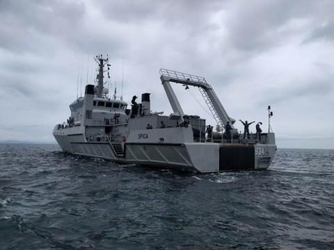 KRI-Spica-934 Pantau Kondisi Selat Sunda