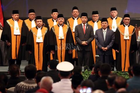 Presiden dan Wapres Hadiri Laporan Tahunan MA