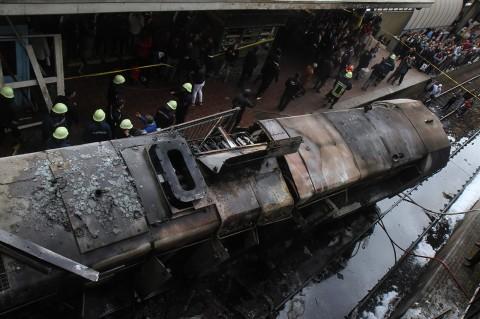20 Orang Tewas dalam Kebakaran Hebat di Stasiun Kereta Kairo