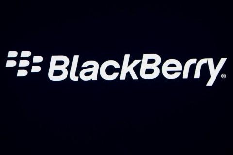 BlackBerry Tuntut Twitter, Kenapa?