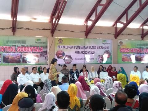 Ratusan Warga Gorontalo Terima Pembiayaan Ultra Mikro