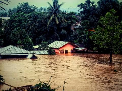 Banjir Bandang Rendam 150 Rumah di Pangalengan