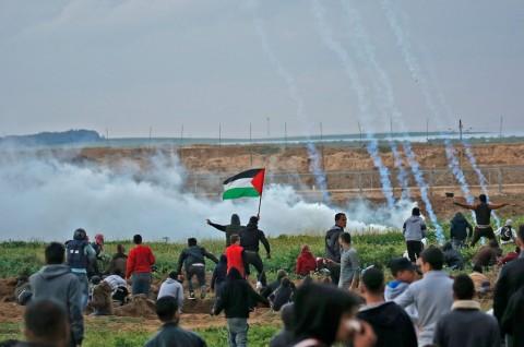 Israel Tembak 17 Warga Palestina di Perbatasan Gaza