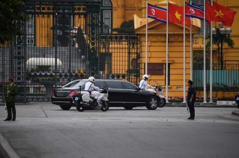 Kim Jong-un Tinggalkan Vietnam