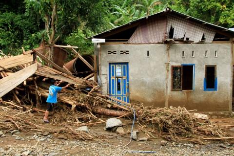 Ratusan Rumah Rusak akibat Banjir Bandang di Mamuju