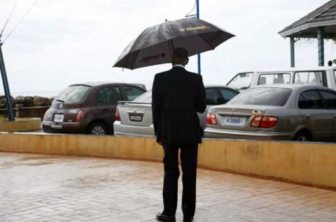 Perlengkapan Wajib Ada di Mobil saat Musim Hujan