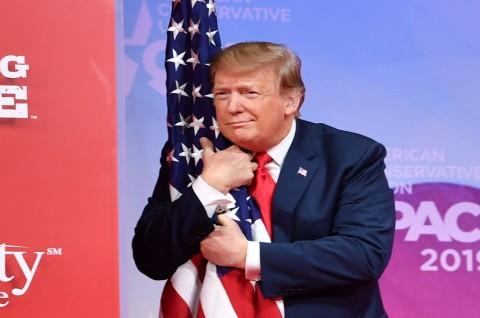 Trump Sebut Kesaksian Cohen Pengaruhi KTT Hanoi
