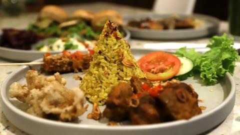 Tergoda Nikmatnya Makanan Enak Nan Sehat Ala Burgreens