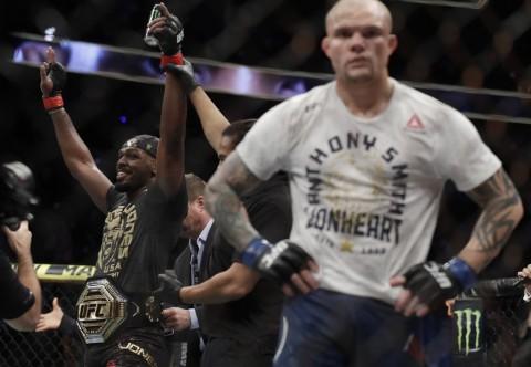 UFC: Jon Jones Dekati Rekor Milik Anderson Silva