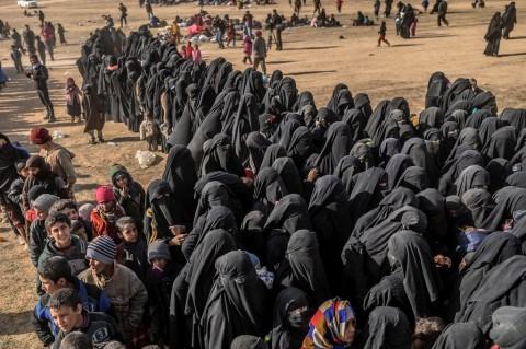 400 Militan ISIS Ditangkap dari Benteng Terakhir