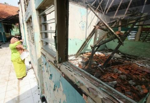 Renovasi Sekolah DKI Usung Tema Pelangi