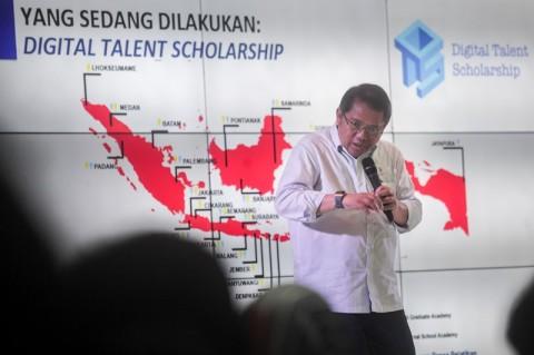 Menteri Rudiantara: Hoaks Buang Pulsa