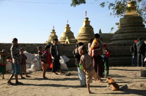 Sembilan Polisi Tewas Diserang Militan di Rakhine