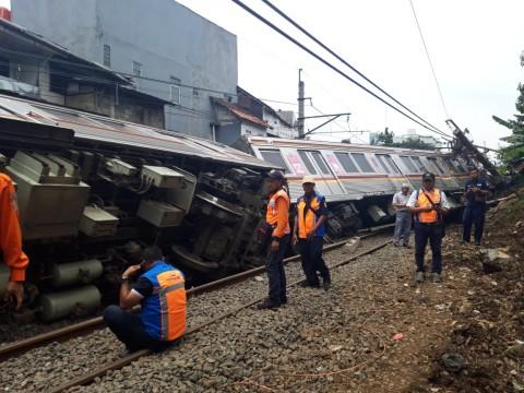 Jalur KRL Jakarta-Bogor Selesai Diperbaiki Malam Ini