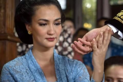 Mantan Manten, Film Drama Percintaan Terbaru Atiqah Hasiholan