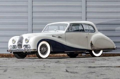 Sang Legenda Mobil Klasik Talbot-Lago T26 1948