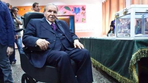 Presiden Aljazair Batalkan Pencalonan untuk Masa Jabatan Kelima