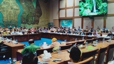 Ratusan Pengusaha Tambang 'Geruduk' Komisi VII DPR