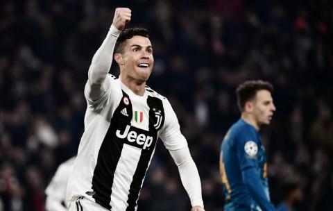 Guardiola Bicara <i>Hattrick</i> Ronaldo