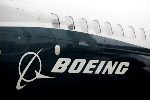 Boeing Akhirnya Menangguhkan 737 Max
