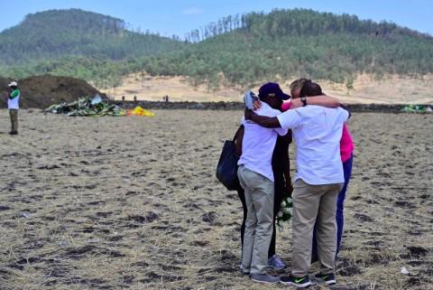 Emosi Menyelimuti Pemakaman Pilot Ethiopian Airlines