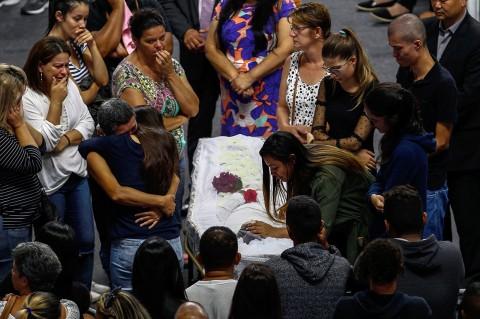 10 Orang Tewas dalam Penembakan Sekolah di Brasil
