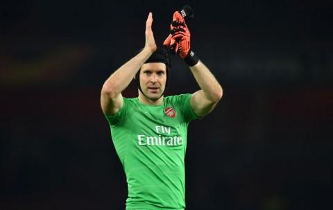 Melaju ke Perempat Final, Arsenal Jaga Impian Petr Cech