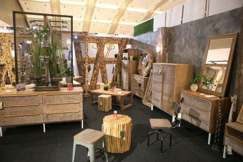 Kursi Kayu Bekas Jogja  furnitur modern minimalis berbahan kayu masih diminati