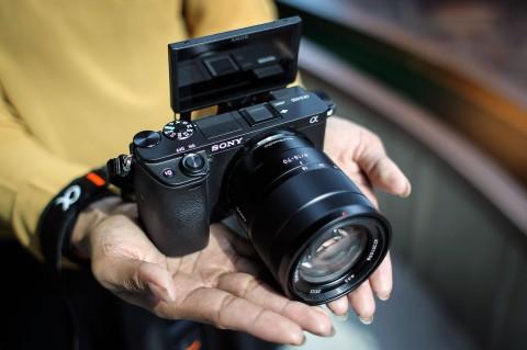 Mirrorles Sony A6400 Resmi Diluncurkan