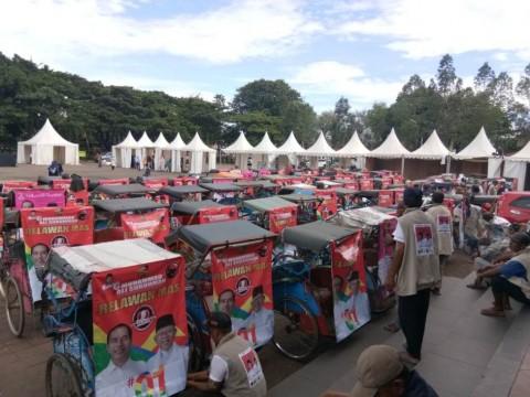 Prabowo Datang, Tukang Becak Justru Deklarasi Dukung Jokowi