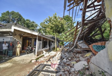525 Rumah Rusak Akibat Gempa Lombok