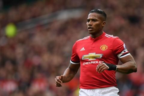 Pesepak Bola Manchester United Tertarik Gabung Arsenal