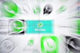 WhatsApp Buat Fitur Reverse Image Search