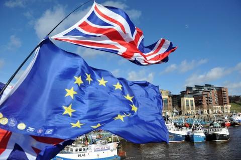 Inggris akan Secara Resmi Minta Uni Eropa Tunda Brexit