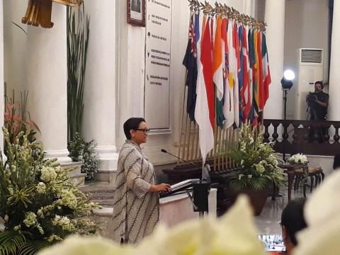 FM Retno Opens Indonesia-South Pacific Forum 2019