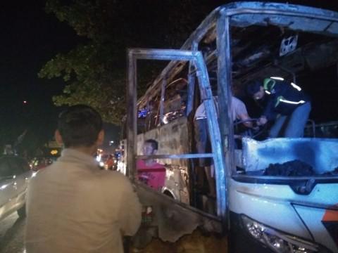 Empat Orang Jadi Tersangka Pembakaran Bus