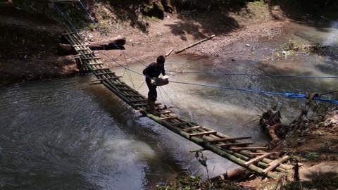Warga Bantul Butuh Jembatan Darurat untuk Akses Siswa