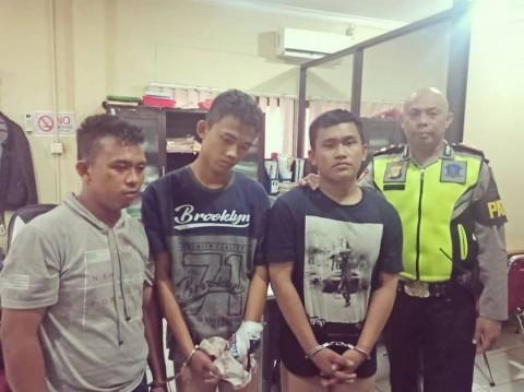 Polres Tangerang Tangkap Tiga Pemuda Pembawa Pistol