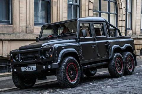 Gagahnya Land Rover Defender 6x6 Garapan Kahn Design