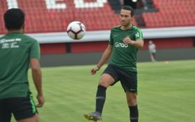 Ezra Batal Perkuat Indonesia di Kualifikasi Piala Asia U-23