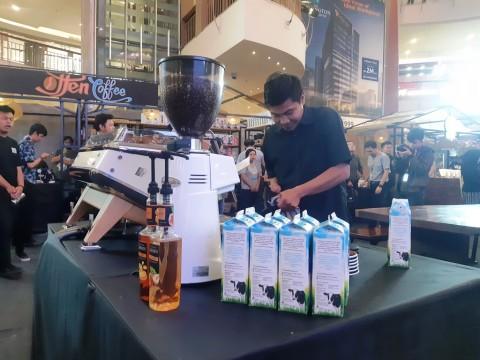 Mengenal dan Belajar Meracik Kopi di Coffee & Artisans