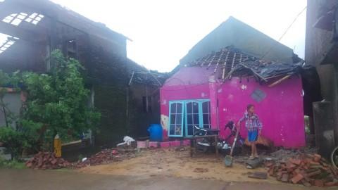 Puting Beliung Rusak 12 Rumah di Jepara, 8 Terluka