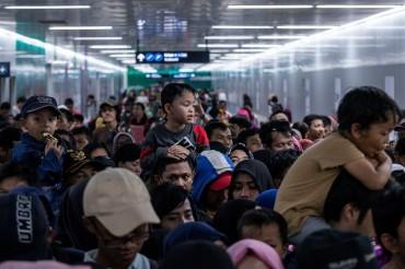 'Norak' saat Coba MRT Tak cuma di Jakarta