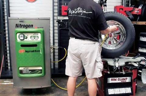 Kelebihan Pakai Gas Nitrogen untuk Mengisi Tekanan Angin Ban